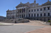 Legislative palace in montevideo — Stock Photo