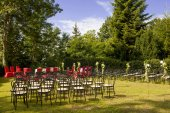 Outdoor wedding in the castle — Stock Photo