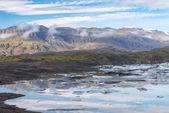 Scenic view of wild Icelandic landscape with ice lagoon. — Foto Stock