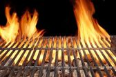 Flame Fire Empty Barbecue Grill — Stock Photo
