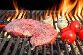 Bloody Strip Steak, Tomatoes And Mushrooms On Hot Grill — Stock Photo
