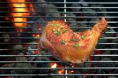 Grilled Chicken Quarter On The Hot BBQ Grill Close-up. — Stock Photo