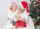 Mom and daughter at Christmas — Foto de Stock