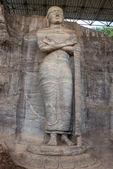 Buda no templo polonnaruwa - capital medieval do Ceilão, — Fotografia Stock