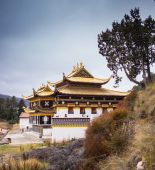 Tibetan Buddhist monastery in China — Stock Photo