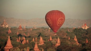 Balloons Bagan Buddhist Temples — Stock Video