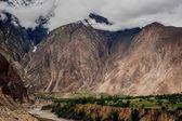 Idyllic Mountain Valley — Stockfoto