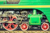 Mechanical part and wheels of the steam locomotive. — Stock Photo