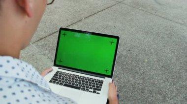 使用便携式计算机的人 — 图库视频影像