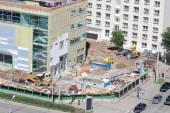 PERM, RUSSIA - JUN 25, 2014: Popova street and shopping center I — Stock Photo