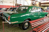 "Soviet experienced GAZ-24-95 ""Volga"" in the Museum of retro cars in Rogozhsky Val, Moscow — ストック写真"