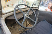 Soviet retro car GAZ-A (licensed copy Ford-A) for retro rally Gorkyclassic for about Gum, Moscow, view of the steering wheel — Stock Photo