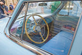 """Soviet blue car """"Volga"""" GAZ-21 retro rally Gorkyclassic about Gum, Moscow, view of the driver's seat — Stock Photo"""