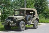"""Retro car Dodge WC-57 Command Car at the 3rd international meeting of """"Engines of war"""" near the city Chernogolovka, Moscow region, front view — Stockfoto"""