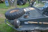 """German floating retro car Volkswagen Swimmwagen Typ 166 at the 3rd international meeting of """"Motors of war"""" near the town of Chernogolovka, Moscow region, a fragment of the front — Stock Photo"""
