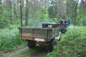 "Soviet car GAZ-AA on a forest road, rear view, 3rd international meeting ""Motors of war"" near the city Chernogolovka Moscow region — Stock Photo"