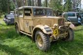 "The British commander's car Humber FWD at the 3rd international meeting of ""Motors of war"" near the town of Chernogolovka, Moscow region, front vie — Stock Photo"