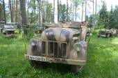 "German retro car Steyr 1500A 02 kfz.69, the 3rd international meeting of ""Motors of war"" near the city Chernogolovka, Moscow region, front view — Stock Photo"