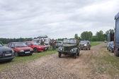 "Soviet car GAZ-69 goes on the road,  3rd international meeting ""Motors of war"" near the town of Chernogolovka, Moscow region — Zdjęcie stockowe"