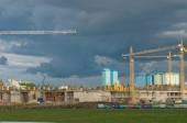 "Tushino aeropole, views of the cranes on the construction of the stadium ""Spartak"", Moscow — Zdjęcie stockowe"