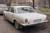 """The old Soviet prestige car GAZ-24-10 """"Volga"""" — Stock Photo"""