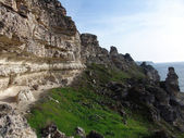Rocky cliffs by the sea.  Tarhankut, Crimea — Stock Photo