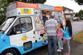 Ice-cream van — Stockfoto