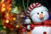 Fairytale Christmas composition with snowman and Christmas decor — Foto de Stock