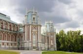 Ancient palace in Tsaritsino park — Stock Photo