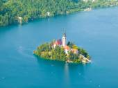 Bled lake with island and church — Stock Photo