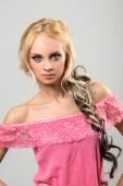 Vacker blond kvinna — Stockfoto