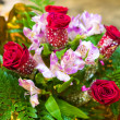 Bouquet of flowers with roses and hydrangeas — Stock Photo #74490167
