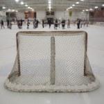 цель хоккея с шайбой — Стоковое фото #66735845