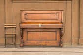 Public piano on a street in Prague — Stock fotografie