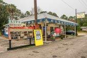 Vintage gas pump on US Highway 19,  Florida — Stock Photo