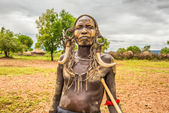 Warrior from the african tribe Mursi, Ethiopia — Стоковое фото