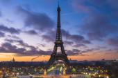 Eiffel Tower with cloudy sky — Stock Photo