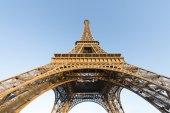 La famosa torre eiffel — Foto de Stock