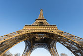 The famous Eiffel Tower — Stock Photo