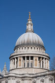 Top of St Pauls Cathedral — Stock Photo