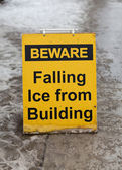 Antes de cair o sinal de gelo — Fotografia Stock