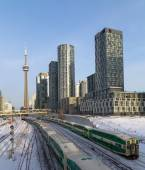 GO Trains in downtown Toronto — Stock Photo
