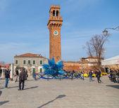 Klokkentoren en glas Sculture in Campo Santo Stefano in Murano — Stockfoto