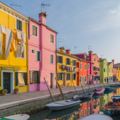Streets of Burano at Sunset — Stock Photo