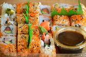 Sushi y salsa de soja — Foto de Stock