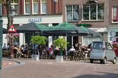Outdoor cafe in Amsterdam — Stockfoto
