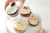 Preparing cupcakes in the kitchen — Stock Photo