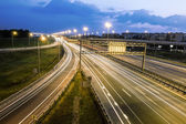 The ring road interchange in St. Petersburg at evening illuminat — Foto Stock