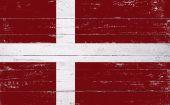 Dänische Flagge gemalt auf einem Holzbrett — Stockfoto
