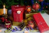 Noel hediyeleri ve süslemeler — Stok fotoğraf